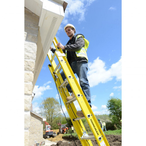 Fibreglass Extension Ladders   EN131