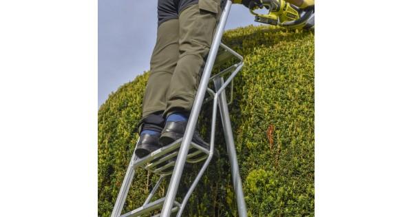 3 Tread Platform Tripod Ladder