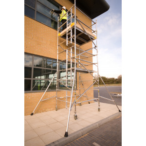 BoSS Evolution Double Width  13.7m Working Height Tower