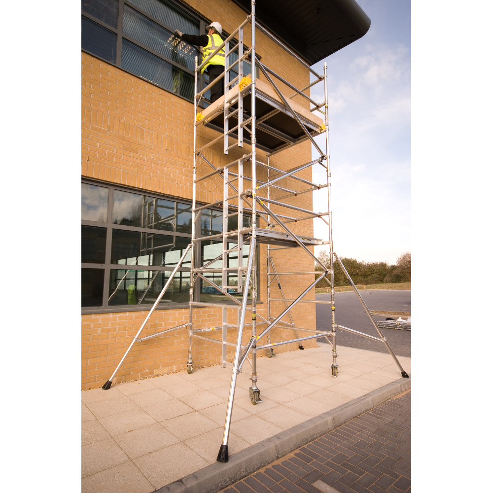 Metal Scaffolding Ladders : Youngman boss evolution towers